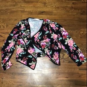 Black and floral 2xl blazer.
